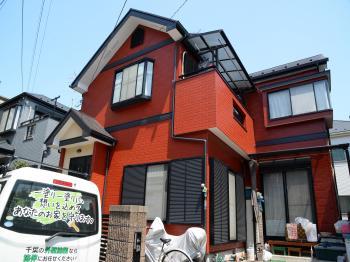 外壁、屋根塗料ともに紫外線に対する耐性に優れた効果を発揮します。長くお家を守る塗装工事完了です。