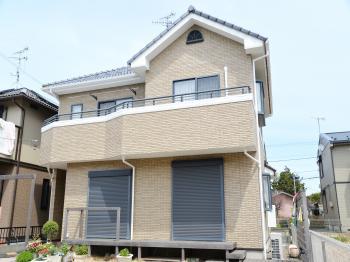 外壁に使用した塗料「無機UVクリヤーコート水性」は、高耐候性で長持ち!経済的にもお得です。